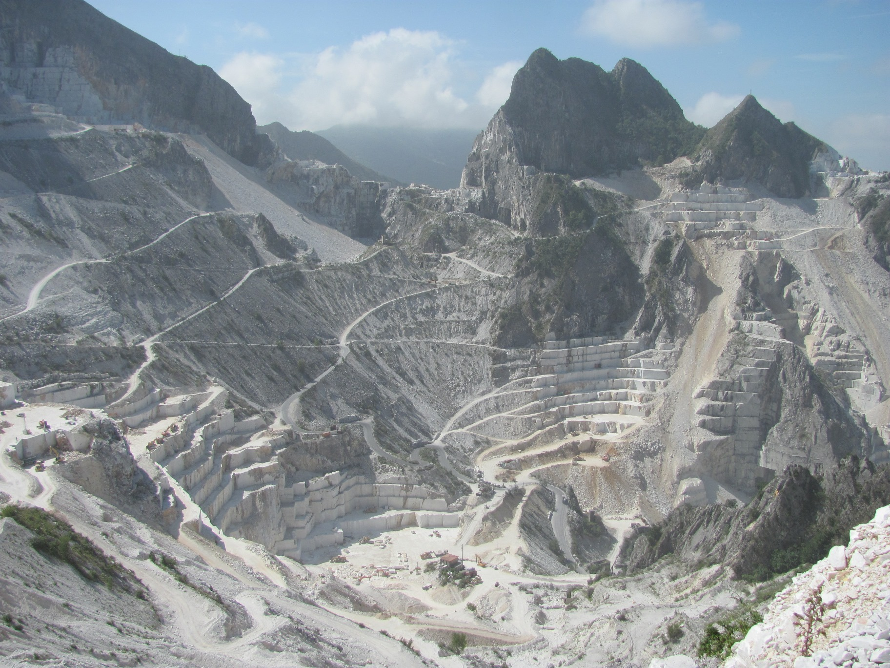 View on Bacino di Gioia (Carrara Marble Quarries)